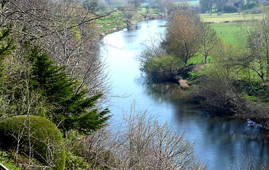 Kenchester River Wye from Weir Gardens
